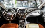 又一款國產新能源神車上市,顏值高,油耗低僅1.6L,你會買嗎?