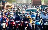 人滿為患:驚人的照片捕捉世界各地人們的日常交通