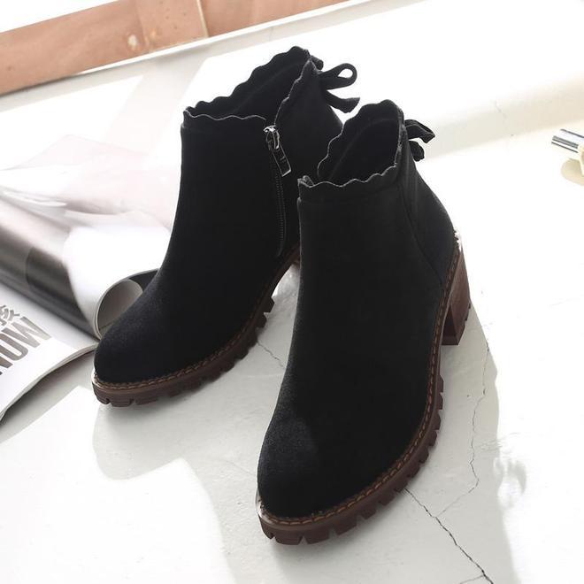"""還穿爛大街的""""長筒靴""""!溫州新出一款女靴,鞋型耐看保暖特洋氣"""