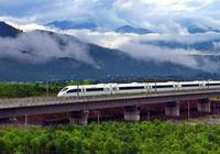 中國高鐵越來越多,乘客為什麼更願意坐綠皮車?乘務員說了實話!