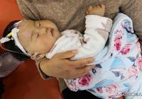 新生兒出現這3種情況時,要立刻帶寶寶去醫院,不要往後拖