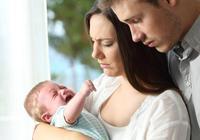 3-4個月寶寶不明原因的哭鬧,有這3個症狀,說明是腸絞痛