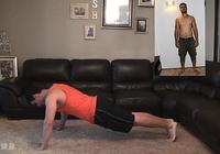 大叔停止健身1年,腹肌和胸肌全都消失,但他卻不後悔健身