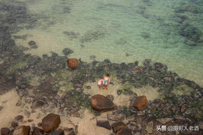 斯里蘭卡海灘實拍:海水的能見度也可以這麼高?國內已經見不到了
