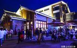 貴陽:這個旅遊景區舉辦燈光秀吸引遊客數千人