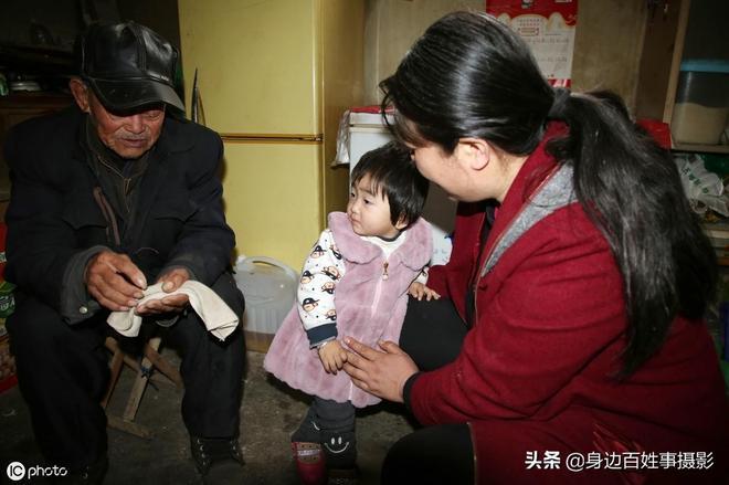 日照102歲農民大爺,分到3套安置房,他開心地說:還要再活20年