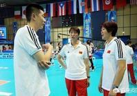 中國女排0:3不敵巴西,安家傑面無表情,球迷稱換賴導就贏了,您贊同嗎?什麼理由?
