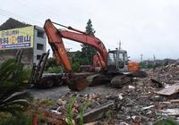 王宗明:盯住產業發展 加快建設進度
