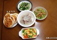我家晚飯這樣吃,有菜有湯還有餅,家人吃得滿足,我做飯開心