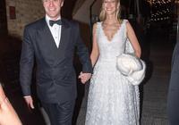 王妃妹妹皮帕赴王室派對,披肩發蕾絲裙美出新高度,越來越像凱特