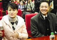 李幼斌現在的妻子是演員,岳父是導演