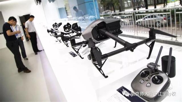 【國際部】校友訪談 | 王瑞:我在深圳大疆創新科技有限公司等你來!