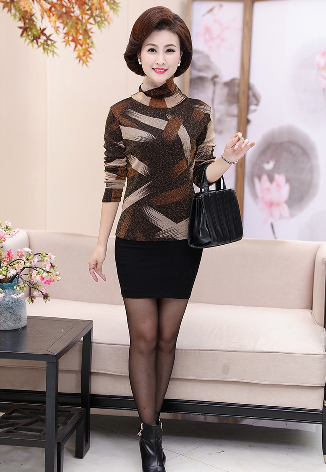 50歲女人,若不想被喊大媽!常這樣打扮吧,穿出美的吸睛減齡
