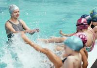 蛙泳如何踩水 怎麼學好蛙泳
