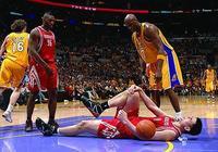 NBA讓人心碎瞬間,麥迪扣籃不進遭隊友嘲笑 鄧肯拍地板