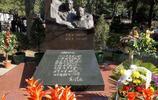 實拍羅榮桓元帥墓:雕像栩栩如生,墓前刻七律詩意義特殊