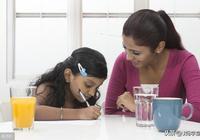 父母經常做這五件事,會讓孩子越來越自卑,檢查一下看看你有嗎