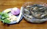別再水煮蝦了,教你做砂鍋焗蝦,不加水,比鹽焗蝦做法簡單