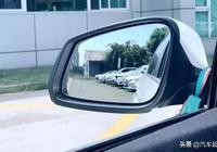 為什麼汽車後視鏡上有條黑線?有什麼作用?