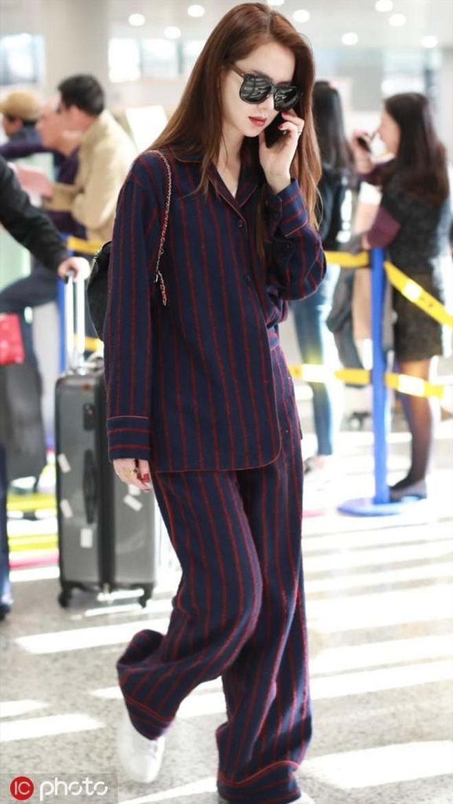 戚薇為何如此執著穿睡衣出門 也是不太懂你們時尚圈!