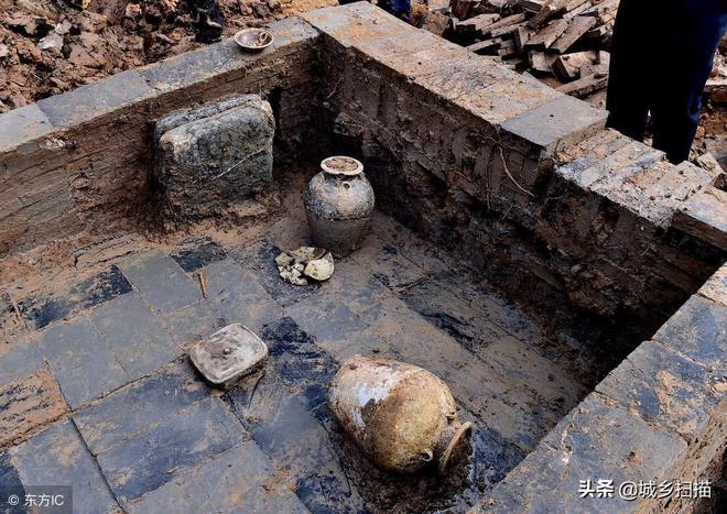 安徽發現宋代平民古墓,墓室外形像條反扣的船,一塊瓷片也值幾萬