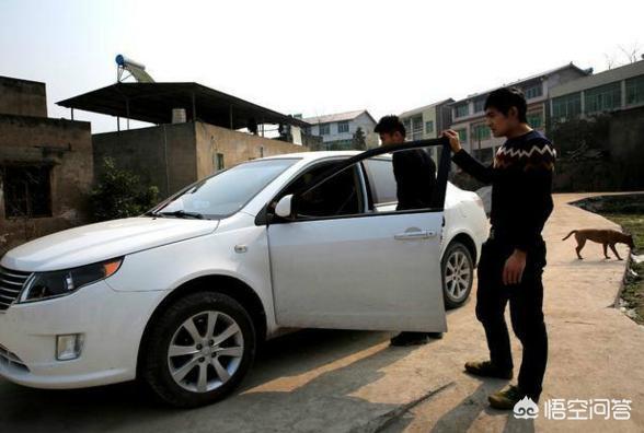 鄉村很多人買車,月收入3500元的人,為了面子需要省錢買一輛嗎?