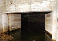 1952年,考古專家帶槍進入康熙陵墓,被逼退出後,至今都不開放