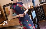 民族風典雅旗袍,女人味十足