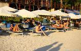 三亞:俄羅斯遊客海邊盡享浪漫時光