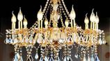 你家還用原始的吸頂燈?如今流行優雅水晶吊燈,水晶與奢華的結合