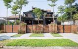 住宅設計:低成本也能高顏值!共享庭院的鋼結構+紅磚聯排別墅