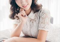 美女嫩模筱筱蕾絲長裙性感寫真
