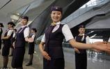 機票越來越便宜,選擇坐飛機的人卻不多,大多數人都去坐高鐵去了