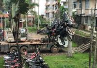雲南:勐臘交警大隊銷燬一批報廢車輛