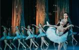 """俄羅斯芭蕾舞劇""""天鵝湖""""為何能這麼出名?看完演員照片我明白了"""