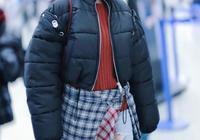 蔡依林的衣品好難懂,因為怕冷穿超厚羽絨服現身,卻搭了條破洞褲