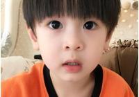 吳尊兒子正臉曝光,竟比neinei還漂亮,但還是耿樂的兒子更可愛啊