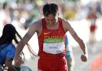 中國競走第一美女,連奪世錦賽全運會冠軍!比賽回來父親已去世!