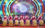 這個民族的民俗文化節雖然只有那麼幾個傳統項目,但是人家特快樂