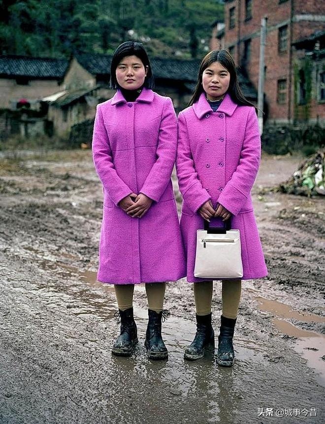 老照片:這是20年前的時尚打扮,用現在的眼光看,你覺得怎樣?