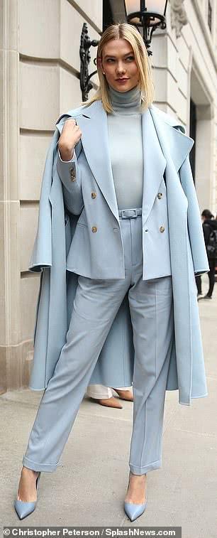奚夢瑤領銜國模閃耀紐約時裝週,一身帥氣白色,撞衫維密糖糖不輸