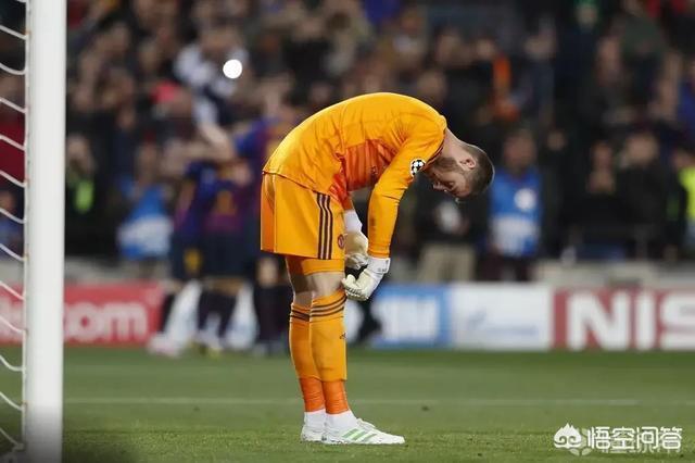 巴薩3-0淘汰曼聯,內維爾稱:德赫亞犯了很難出現的失誤,他應該站出來解釋,你怎麼看?