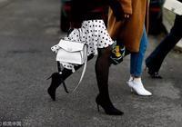 冬天最關心的問題——怎麼把連褲襪穿得顯瘦又保暖?