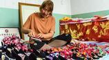 丁玉萍做的純手工千層底布鞋環保健康無汙染,刺繡的嫁妝圖案生龍活虎栩栩如生 一年收入20萬元