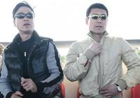 申思出獄後現身全運會足球賽場 老隊友祁宏陪同觀賽