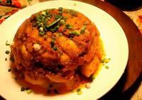 重慶大廚做的川味粉蒸肉,有肥有瘦,嫩而不糜,我吃了一整盤