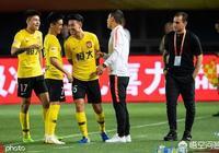 廣州恆大客場5-2大勝建業,嚴鼎皓梅開二度,韋世豪2助攻,如何評價本場比賽?