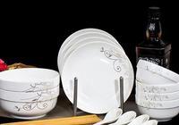你認為碗筷是放在櫥櫃裡好,還是放在通風處好?你怎麼放的?