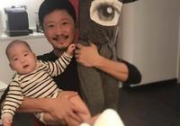 硬漢吳京晒兩個兒子照片,謝楠吐槽眼睛長得真自私