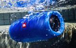 原裝進口JBL音箱,IPX7級防水,極高保真度,還原真實聲音
